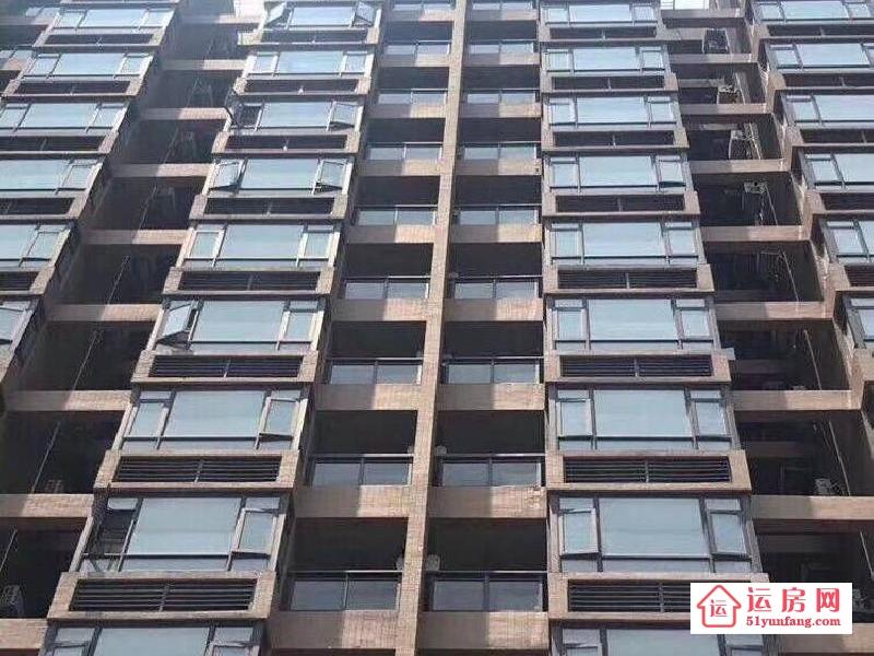 凤岗小产权房【观景豪苑】3栋双地铁房